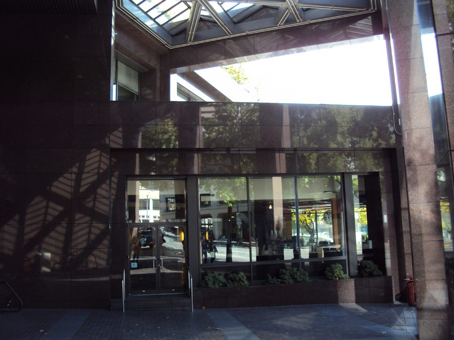 ColumbiaCenter4thAveEntrance