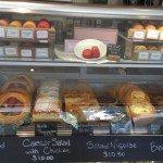 2 - 1  - IMAG0666 la boulange pastries