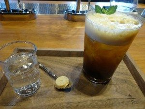 2 - 1 - DSC00965 Special iced coffee with mint - Starbucks Roastery 3Dec14