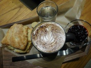 2 - 1 - DSC01072 mocha biscuit and jam 5 Dec 14