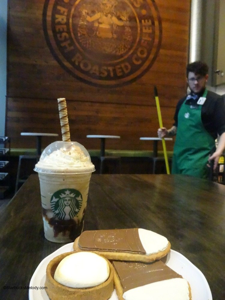 Frappuccino Happy Hour: An Extra Hour of Happy - Lite and Yummy! - StarbucksMelody.com