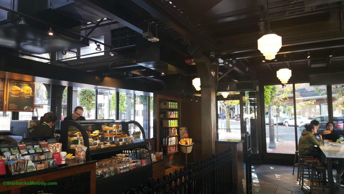 TBT The First Starbucks in Oregon. - StarbucksMelody.com