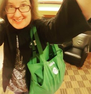 1 - 1 - IMG_20160428_203216 Apron Starbucks green apron bag 28April2016