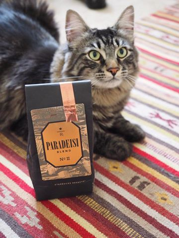 Roscoe approves of Paradeisi Blend No.II